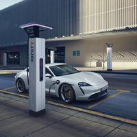 Jarro de agua fría para el Porsche Taycan en EEUU:  lo homologan con 323 km de autonomía en lugar de los 451 km de Europa