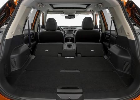 Nissan X Trail 2018 1600 25