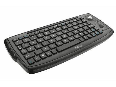 Si tienes un PC junto a tu TV, el Trusta Adura puede ser el teclado que necesitas por sólo 22,95 euros en PCComponentes