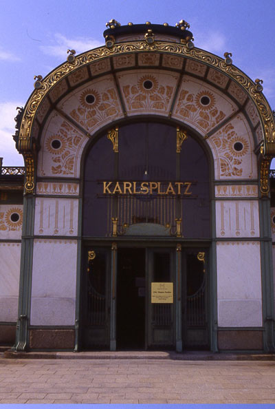 Estaciondemetrokarlsplatz