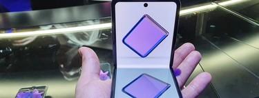 """Galaxy Z Flip, primeras impresiones: Samsung toma prestada la """"idea"""" de Motorola y la mejora (en lo posible)"""