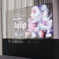 Una pantalla OLED transparente que se esconde en la cabecera de la cama, el nuevo concepto de LG para las smart TVs del futuro