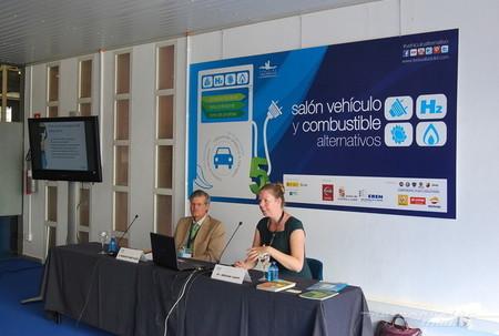 Salón del Vehículo y Combustible alternativo de Valladolid: ¿desestabiliza la producción de biocombustibles el precio de los alimentos?