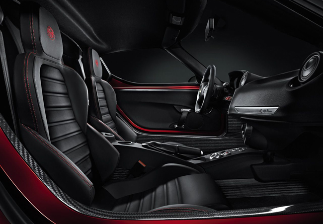 Alfa Romeo 4C, primera imagen del interior