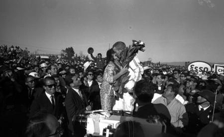 Richie Ginther celebración México 1965