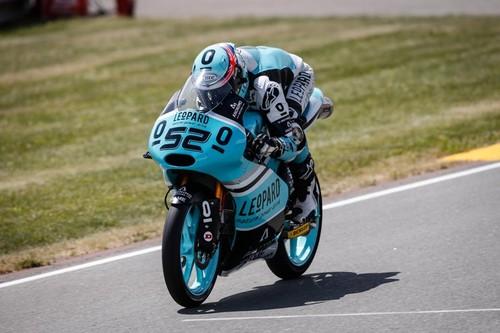 MotoGP Alemania 2015: Danny Kent gana con absoluta superioridad