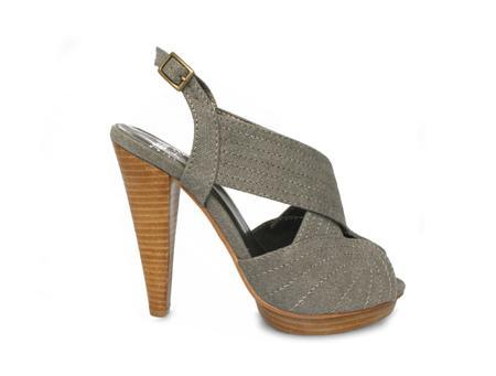 Blanco Verano 2009: catálogo de zapatos