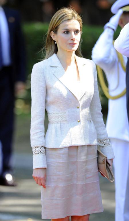 El look de la Princesa Letizia en el Día de las Fuerzas Armadas
