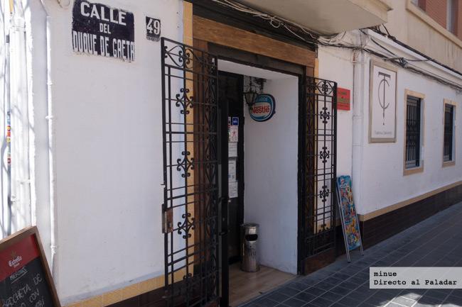 visitando burdel pequeño en Valencia