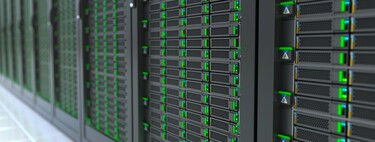 Amazon, Google and Microsoft have half of the 600 cloud data centers in the world