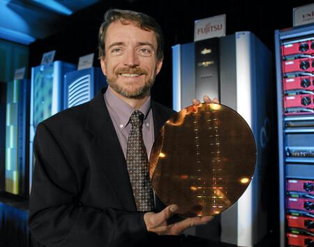 Intel cambia de CEO: Pat Gelsinger, el veterano ingeniero y ex-CEO de VMware, vuelve a la compañía para afrontar la difícil etapa