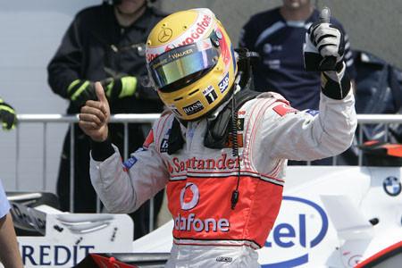 Hamilton se impone en un caótico GP de Canadá