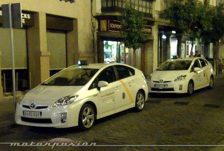 Taxi Toyota Prius Sevilla