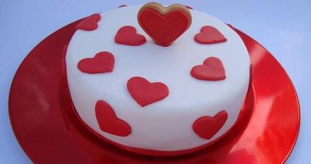Si vas a regalar dulces por San Valentín, ¿por qué no hacerlos y decorarlos tú mismo?