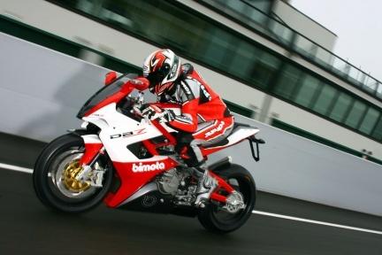 Bimota DB7 probada por Motociclismo.it