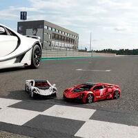 ¡Espectacular! Este GTA Spano de LEGO tiene 15 motores, puede manejarse desde el móvil y cuesta más de 6.000 euros