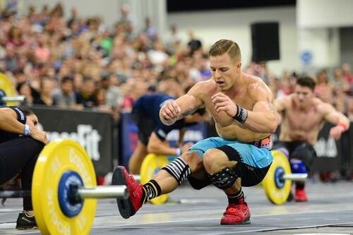 Cinco rutinas EMOM para ponerte en forma con este entrenamiento de CrossFit