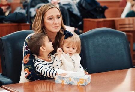 La preciosa historia de una madre que descubrió que los dos niños que ha adoptado son hermanos biológicos