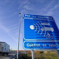 La DGT podría haber emitido miles de multas ilegales por exceso de velocidad debido a una mala programación de los radares