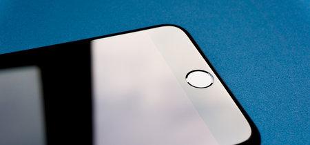 Apple patenta un nuevo sistema que permite detectar huellas a través de la pantalla: ¿más pistas sobre el iPhone 8?