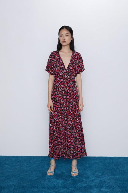Zara Vestido Flores Marta Ortega Junta Inditex 01