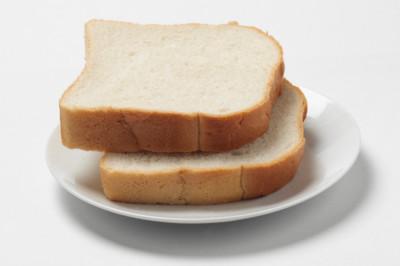 Comer más de dos raciones de pan blanco a diario aumenta el riesgo de obesidad