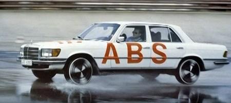 Mercedes-Benz Frenos ABS historia