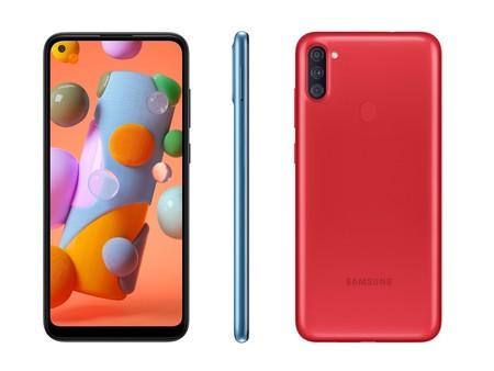 Samsung Galaxy A11: la gama baja estrena el agujero en pantalla de los Galaxy S20, y además tres cámaras