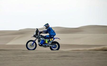 Adrien van Beveren gana la cuarta etapa y el liderato del Dakar 2018 con Barreda perdiendo aún más terreno