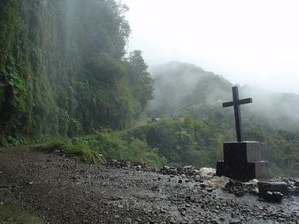 Bolivia: la 'Carretera de la Muerte' se convierte en atracción turística