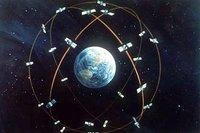 Vértices geodésicos: punteando todo el mundo con placas de metal (IV)