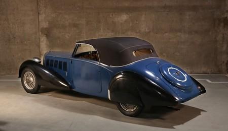 Salen a la luz tres Bugatti clásicos que han descansado décadas en un granero belga, y ahora buscan dueño