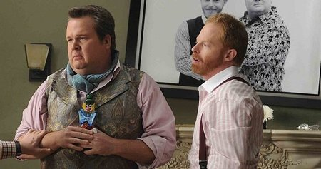 cam_and_mitchell_modern_family_2011