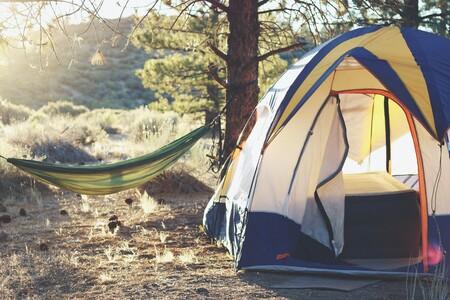 Equípate para ir de camping este verano con las ofertas de Lidl: tiendas de campaña, neveras portátiles, esterillas...