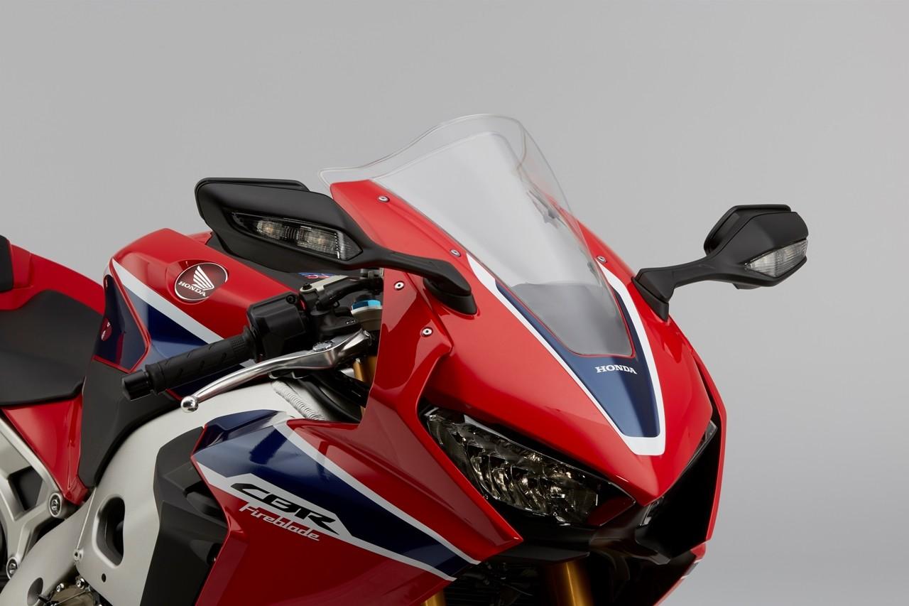 Foto de Honda CBR1000RR Fireblade SP y SP2 2017 (20/51)