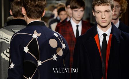 Inspiración rusa, australiana, española... Valentino le da a todo en su Otoño-Invierno 2015