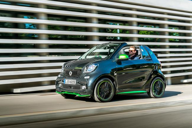 Smart FortTwo Cabrio Electric Drive, el placer de manejar al aire libre, sin emitir contaminación a la atmósfera