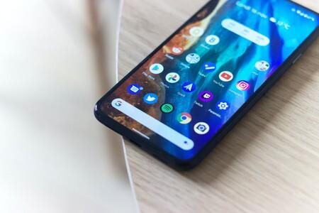 Cuando un mexicano compra un smartphone se fija primero en el precio, después en almacenamiento y al final de todo en diseño: The CIU