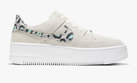 Nike Air Force 1 04