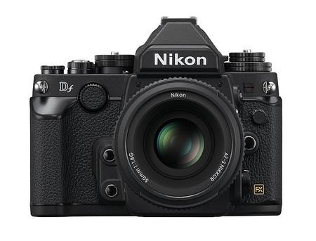 Nikon Df - Color Negro - Vista Frontal