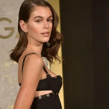 Kaia Gerber y un little black dress: la combinación perfecta para que una firma acapare portadas