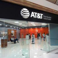 Con todo y COVID-19, Telcel, AT&T y Movistar deben mantener abiertos centros de atención a clientes en México: IFT