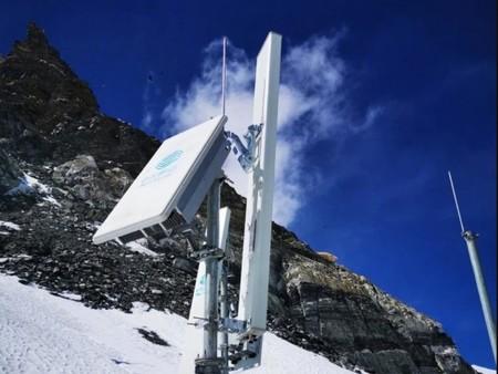 Ya hay 5G en el Everest: China Mobile y Huawei instalan nuevas antenas en la montaña más alta del mundo