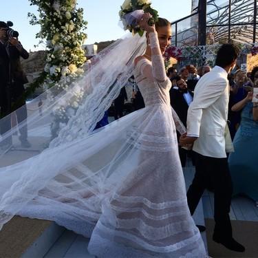 Las 12 imágenes de la boda de una top model que te llevarán hasta Grecia: Ana Beatriz Barros se ha casado