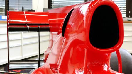 Toyota TF110 Detalle capó motor