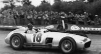 Mercedes-Benz piloteado por Fangio se vende en casi 30 MDD