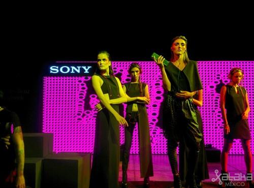 Los audífonos Sony h.ear se presentan en el Mercedes-Benz Fashion Week México