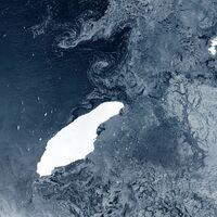 El que en su día fue el iceberg más grande del mundo está en sus últimas: partido en cuatro y a punto de chocar contra una isla