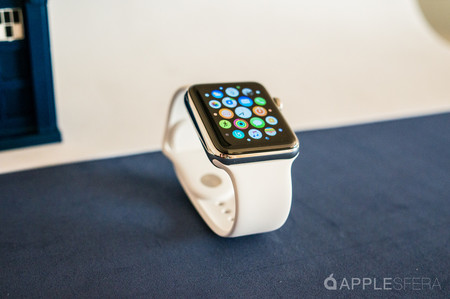 El Apple Watch prosigue su marcha mientras el mercado del smartwatch se hunde