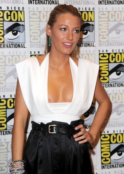 Los mejores looks de famosas en la Comic Con. Blake Lively I